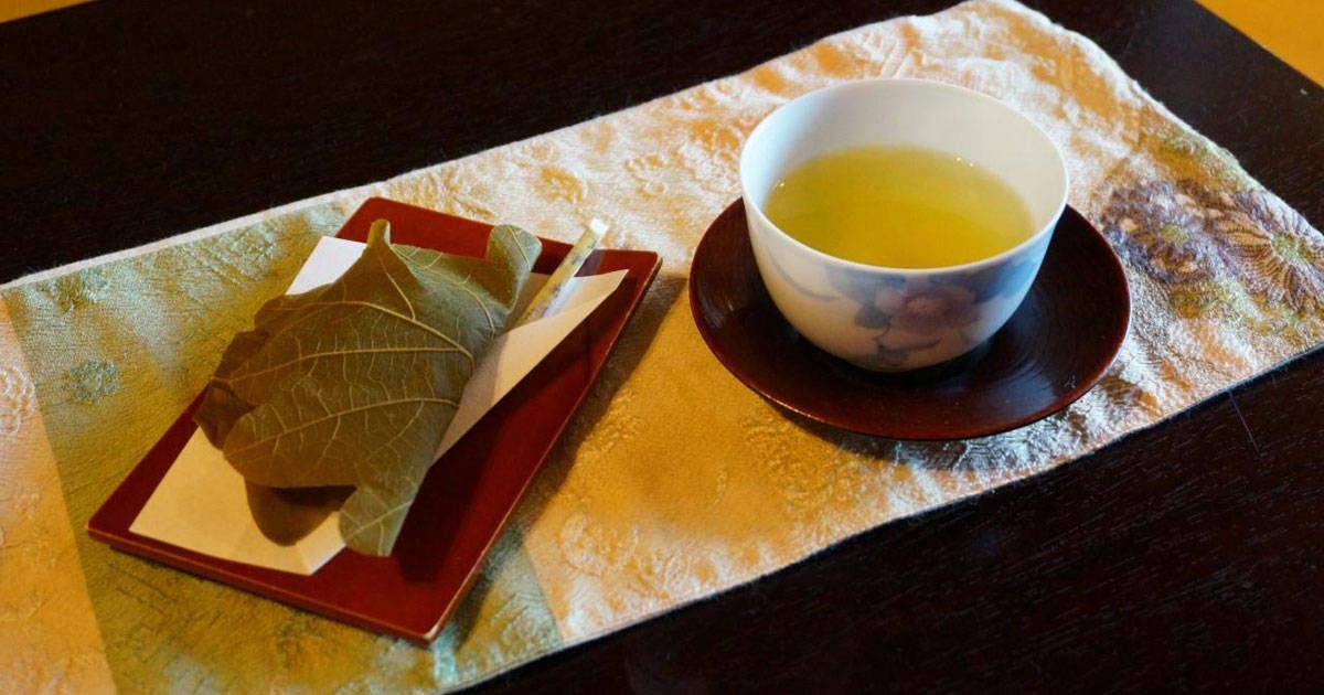 เหตุผลที่ออนเซ็นเรียวกังญี่ปุ่นให้ขนมฟรี มีความใส่ใจมากกว่าที่คุณคิด!